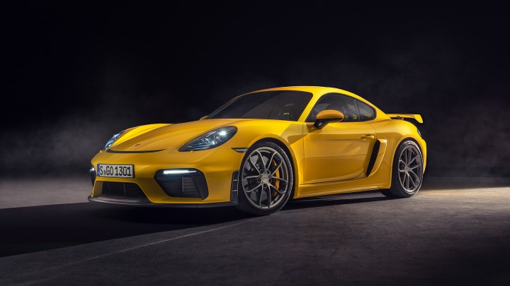The new Porsche 718 GT4. Perfectly irrational.